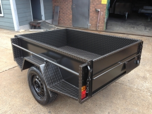 "TRAILER 7' X 4' X18"" HIGH SIDES C/PLATE BODY LED LIGHTS SIDE STEPS TIE RAILS J/W"