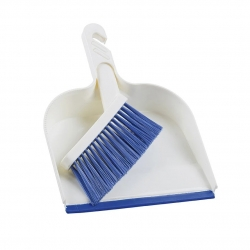 OZTRAIL DUSTPAN & BROOM